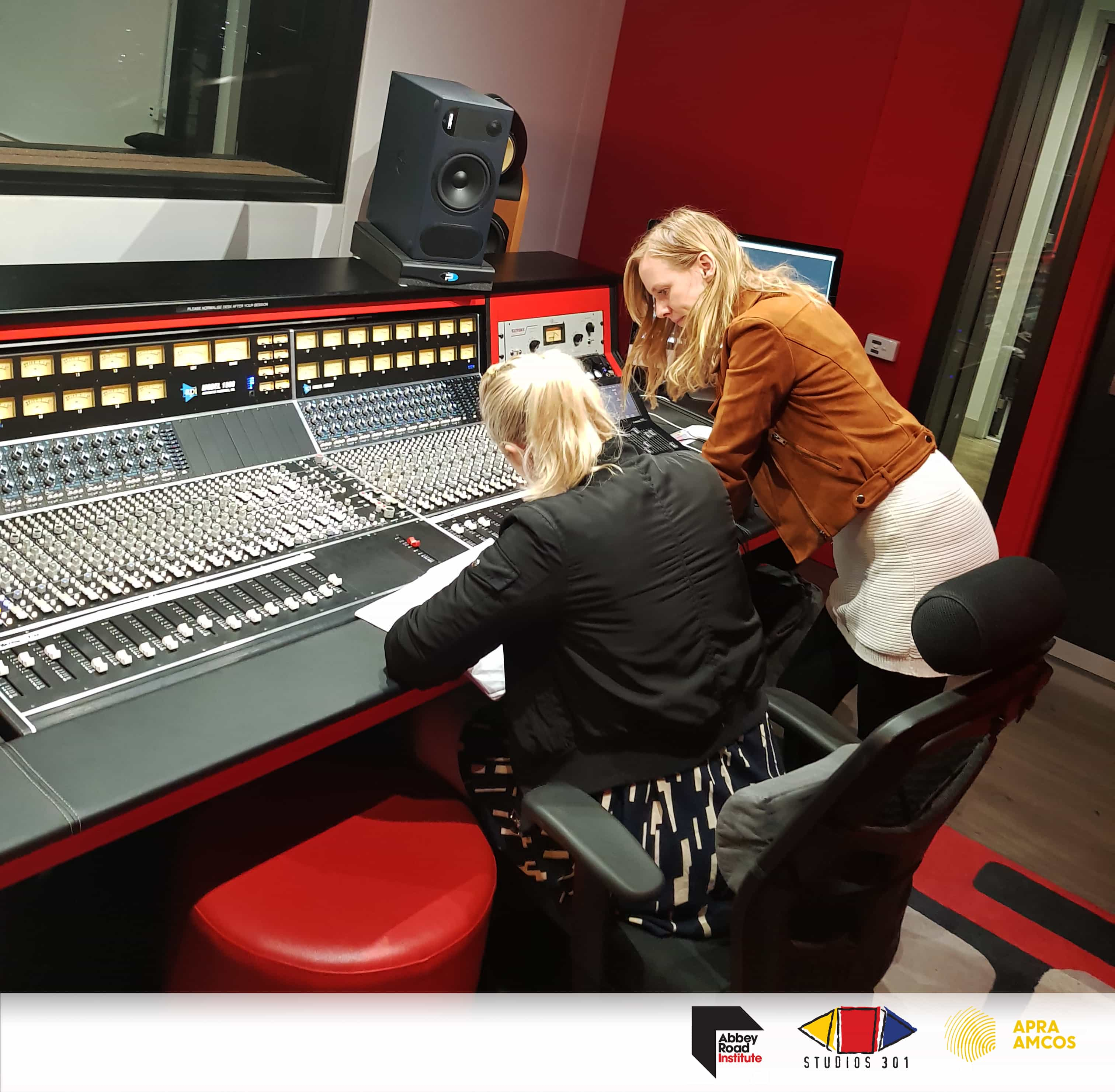 063b01f98 For more information regarding the Studios 301 Women in Music Scholarship  please contact Abbey Road Institute by calling 1800 274 338 or email us at  ...